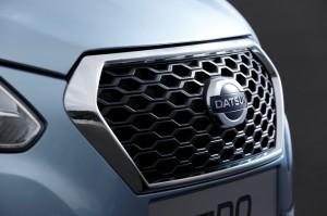 Datsun-on-DO-honeycomb-grille-press-shot