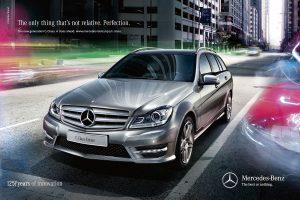 Mercedes-Benz-sedan
