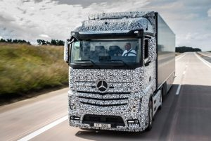 mercedes benz future truck