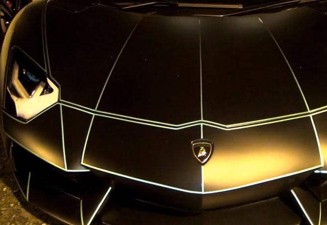 Glow In The Dark Electric Lamborghini Is What We All Had