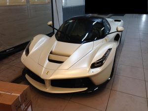 LaFerrari-matte-white